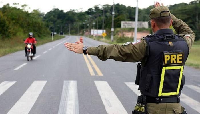 Quedas - Acidente na PR-473 deixa três feridos
