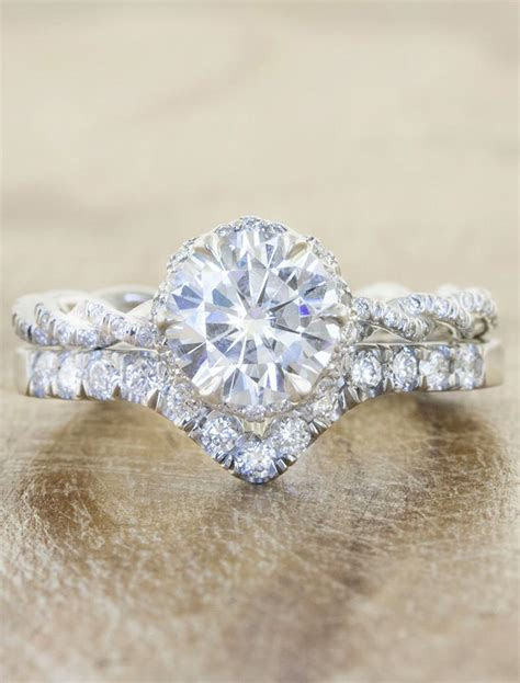 Anna: V Shaped Diamond Wedding Band   Ken & Dana Design