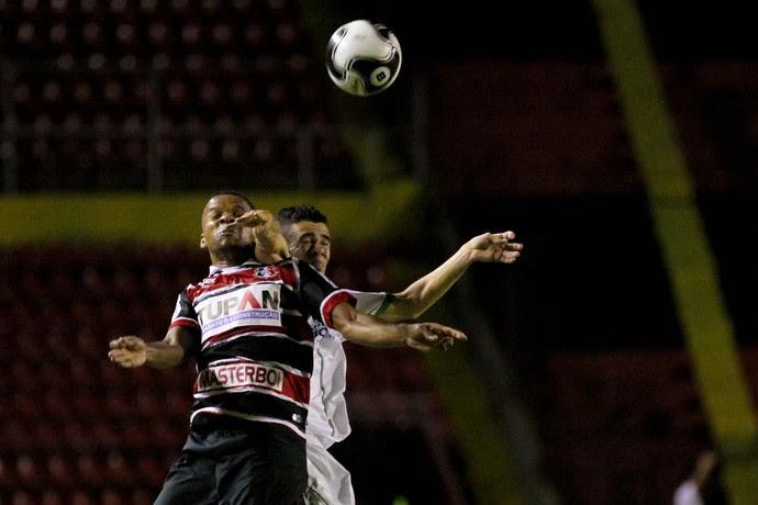 América-PE x Santa Cruz (Foto: Aldo Carneiro / Pernambuco Press)