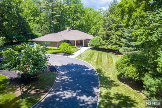 205 E Saddle River Road Saddle River New Jersey 07458 - currentyear%% ]