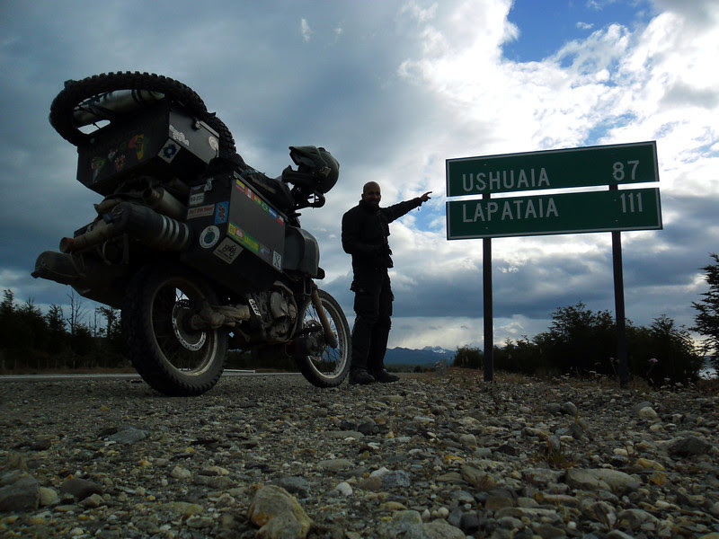 Jay pointing at Ushuaia, Distance 87 kms
