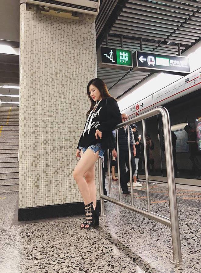 Kỳ Duyên càng ngày càng manly, Thanh Hằng bỗng nữ tính không ngờ trong street style tuần này - Ảnh 10.