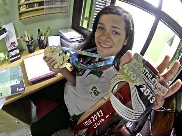 A campeã paralímpica Verônica Hipólito vai fazer as provas do Enem  (Foto: Fernando Nonato/G1)