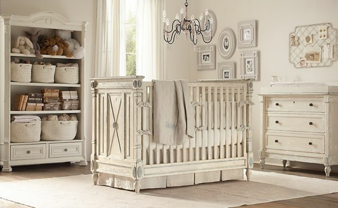Neutral baby room decoration