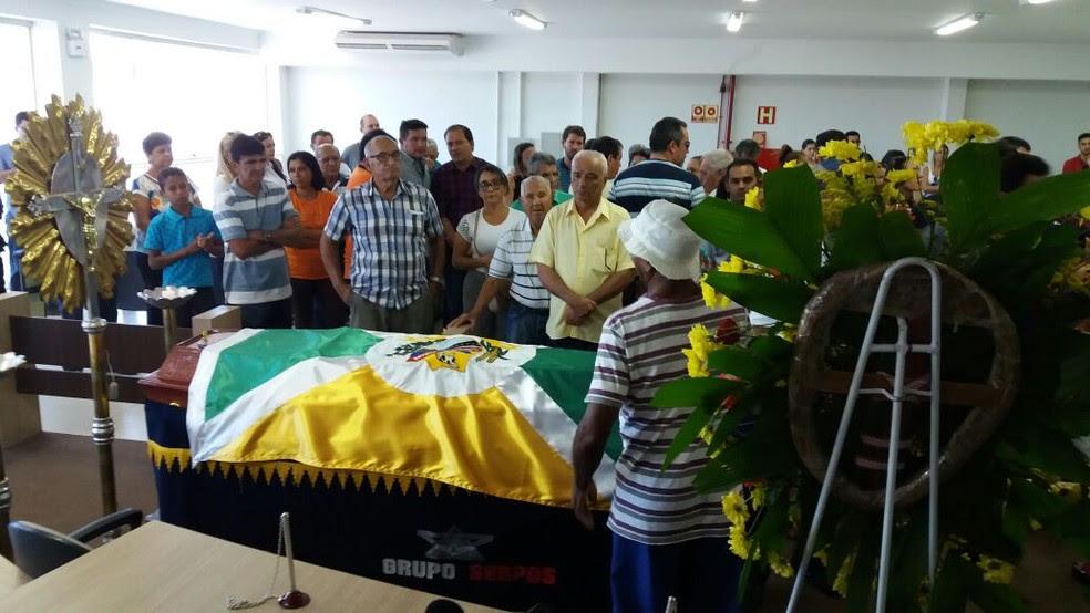 Corpo de ex-vereador é velado em Gurupi (Foto: Jairo Santos/TV Anhanguera)