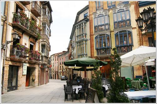calles de oviedo: terraza