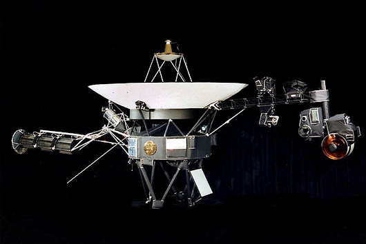 In a Breathtaking First, NASA's Voyager 1 Exits the Solar System - NYTimes.com