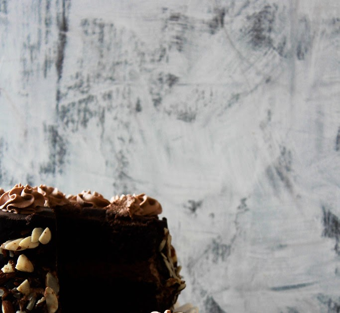 Turn Chocolate Cake Into Vanilla