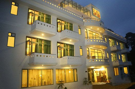Hotel in Lansdowne for Comfortable Stay