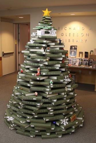 NUC Christmas Tree 3