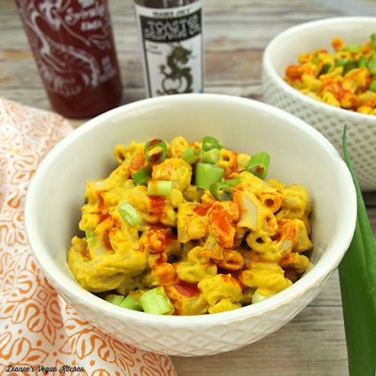Sriracha Mac from YumUniverse From Pantry to Plate - Dianne's Vegan Kitchen