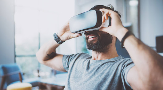 Using Virtual Reality in e-learning courses – SQLearn