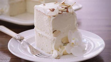 white almond wedding cake frosting