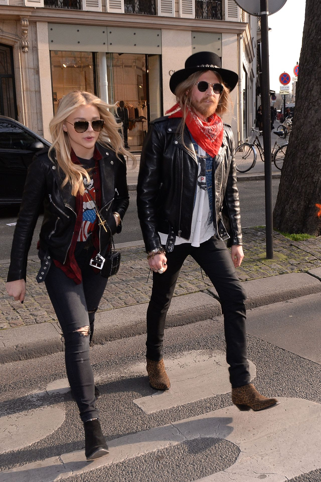http://celebmafia.com/wp-content/uploads/2015/03/chloe-moretz-street-style-out-in-paris-march-2015_7.jpg