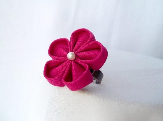 Kanzashi Flower Ring Magenta Sakura
