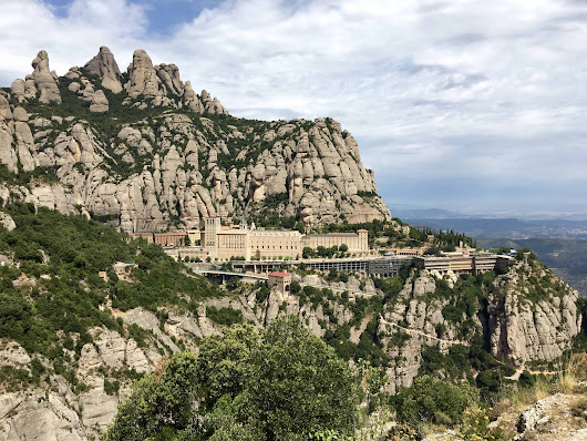 The Castlexperience Full Day Montserrat, Food and Wine Tour from Barcelona - Christina's Cucina