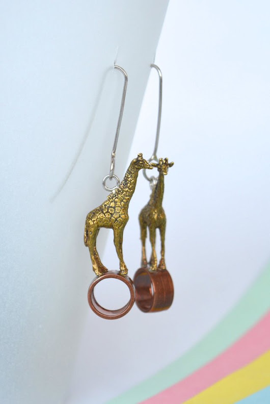 Earrings-Giraffe-Lucas Restrepo Henao