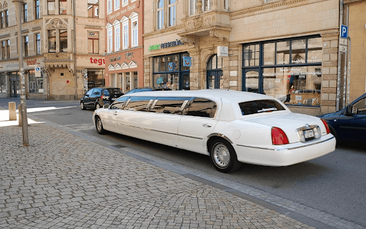 4 Simple Tips For Choosing A Limo Service - 5Bestthings.com