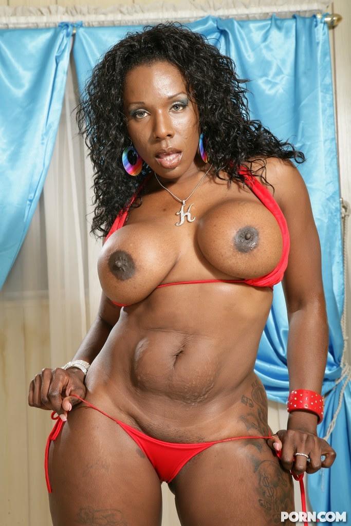 Ebony Stud Lesbian Strapon