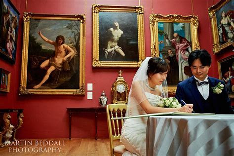 Dulwich Picture Gallery wedding photographed by Martin Beddall