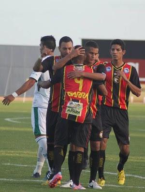 Globo FC - comemoração dos jogadores (Foto: Kaline Rodrigues/Divulgação)