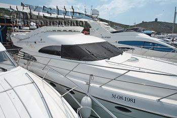 Новая яхта Алсу. Балаклава. Фото