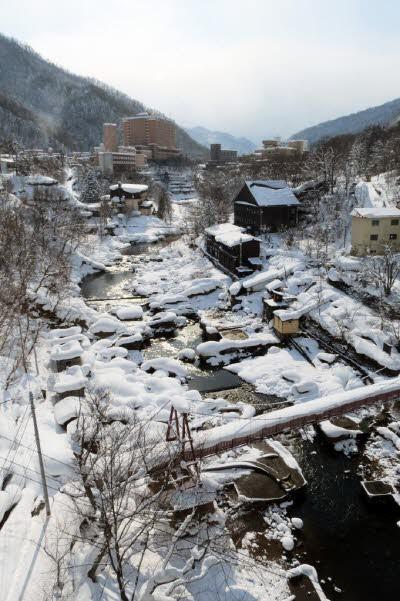 삿포로에서 가장 가까운 온천마을 '죠잔케이'의 설경