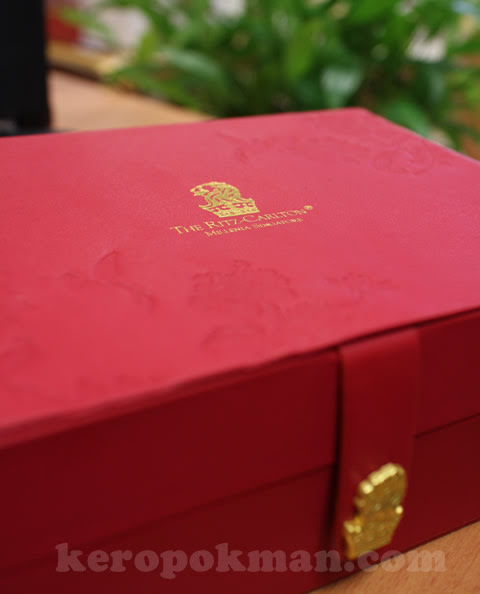 Mooncakes - Ritz-Carlton Millenia Singapore