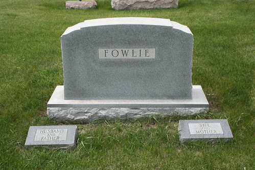 Reverse side of George and Laura Fowlie Tombstone