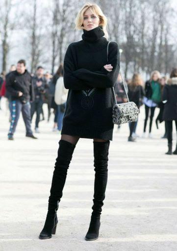 Tus over the knee boots serán una sensación si las combinas con unas lindas medias negras y un máxi suéter que te mantenga abrigada todo el día.
