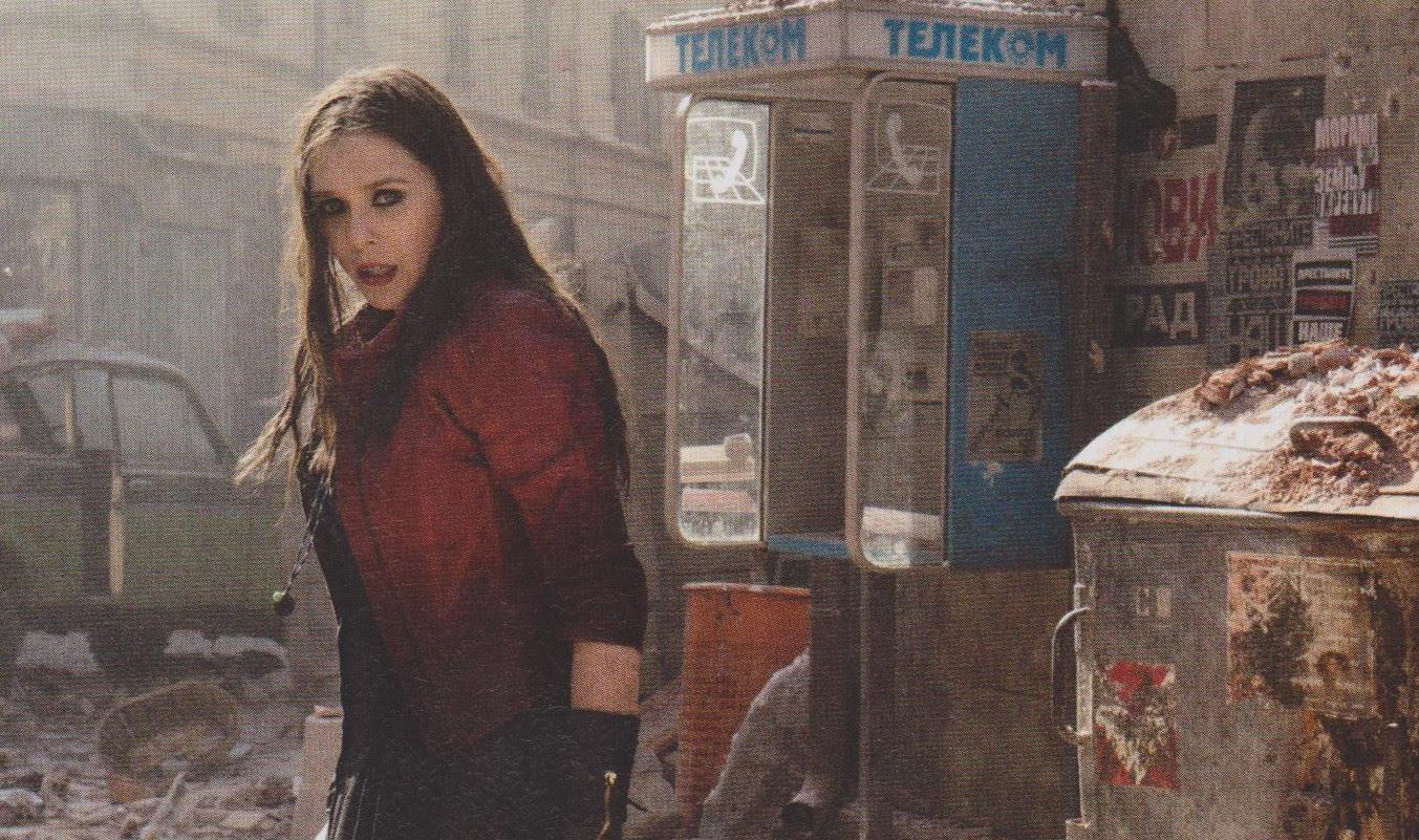 Bruja Escarlata en Los Vengadores: La Era de Ultron