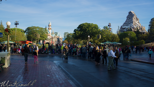 Disneyland Resort, Disneyland, Main Street U.S.A., Christmas Time, Christmas, Frozen, Meet, Greet