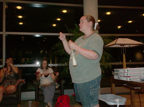 Abby Franquemont of Abby's Yarns teaches us drop spindle spinning