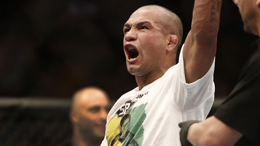 Video: UFC featherweight Diego Brandao blows a gasket, goes after journalists in Brazil