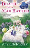 Death of a Mad Hatter (Hat Shop Mystery Series #2)