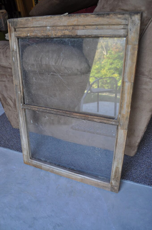 DIY: Window Pane Chalkboard -