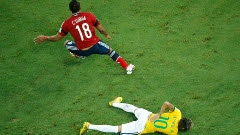 Zuñiga minimizou o lance ríspido responsável por tirar Neymar da Copa