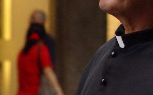 Ostrołęcka prokuratura oskarża księdza. Szokujące zarzuty: gwałt na małoletniej