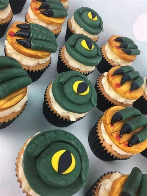 Godzilla and King Kong Birthday Cake and Cupcakes   Mel's
