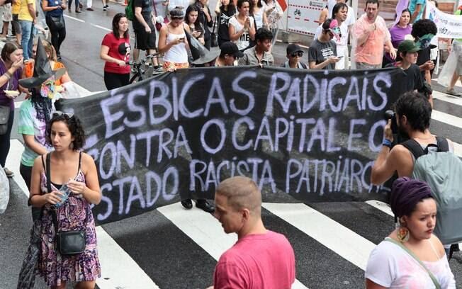 Protesto em São Paulo (SP) no Dia Internacional da Mulher, neste domingo, 8 de março. Foto: Leonardo Benassatto/Futura Press
