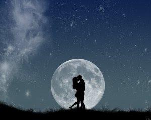moonlight_kiss_by_nadeshico.jpg?w=300&h=240