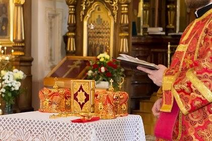В РПЦ отсоветовали верующим россиянкам выходить замуж за неверующих мужчин