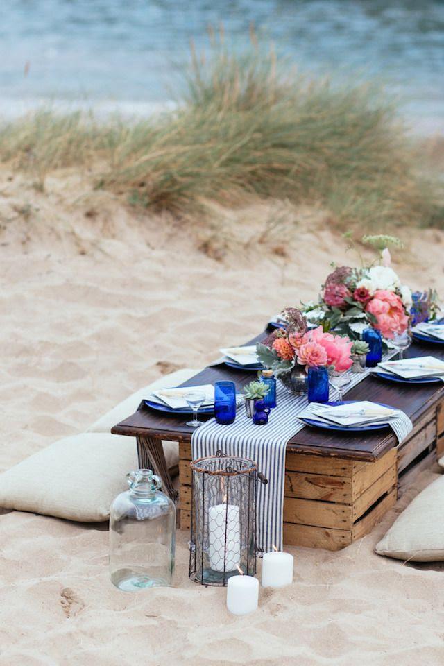 Laid back beach wedding reception   Sarah Falugo Photography   see more on: http://burnettsboards.com/2014/04/unique-beach-wedding-inspiration-shoot/