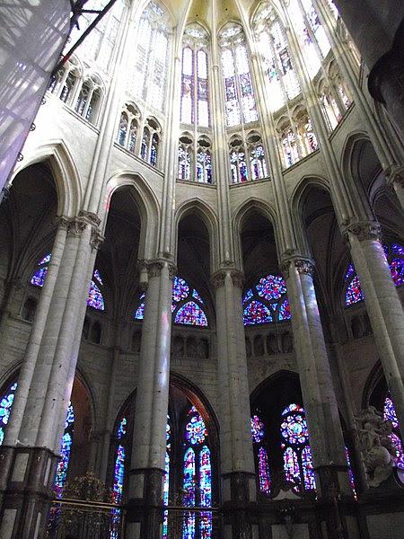File:Beauvais, Cathédrale Saint-Pierre (5).jpg