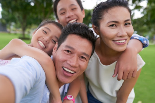 Bring Your Teen to a Family Dentist for Their Oral Health