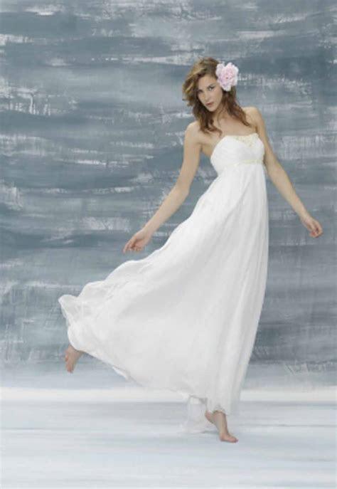 Dream Wedding Place: Beach Wedding Dress Styles