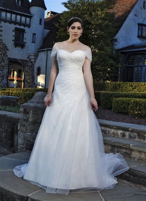 Wedding Dress Shopping: Dressing For Your Body Shape   Mr