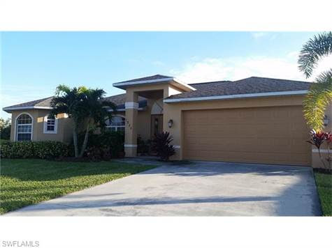 1930 SW 47th TER, CAPE CORAL, Florida, For Sale by Valerie Busic