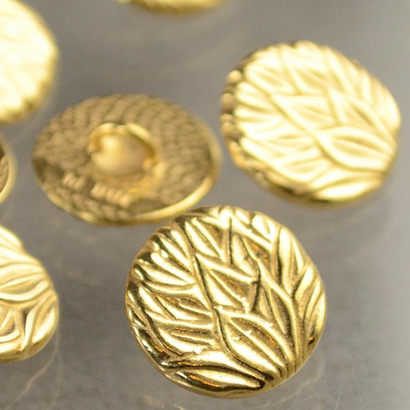 s40677 Metals Buttons -  Pineapple Leaves - Gold Plated (1)