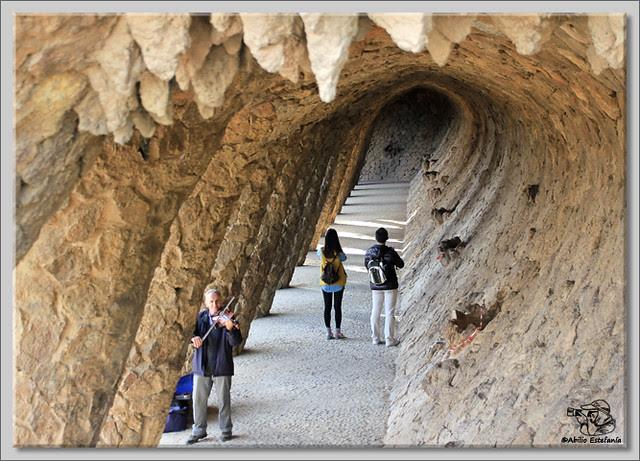 13 Park Güell de Barcelona